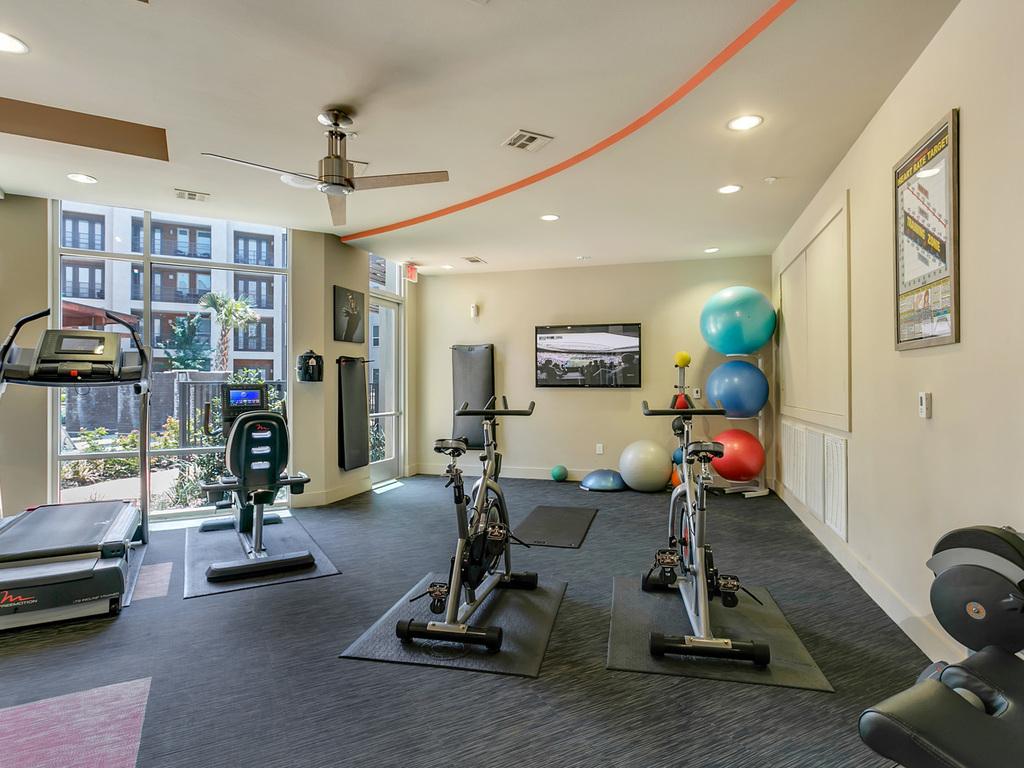 Century Medical District Apartments Dallas Tx