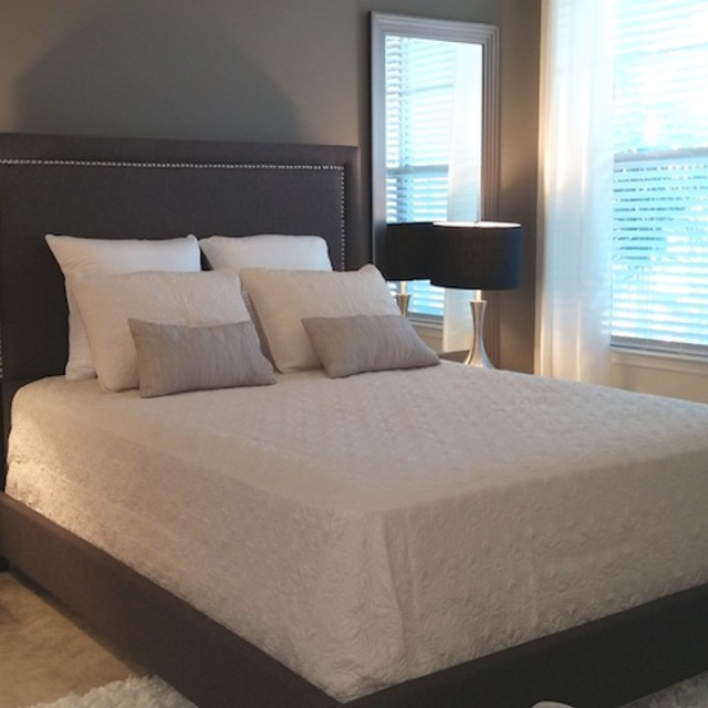 Century Highland Creek Apartments Bedroom