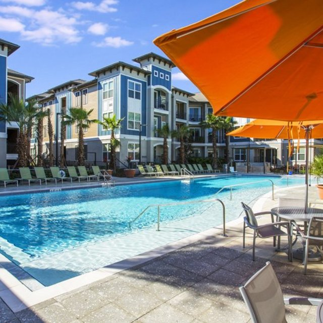 Luxury Downtown Orlando Apartments Century Millenia
