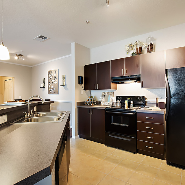 Century Cross Creek Apartment Kitchen