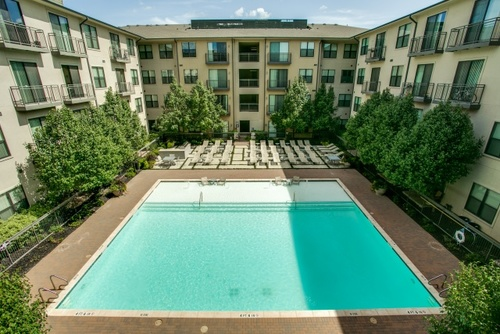Century Colonial Park Apartments Pool