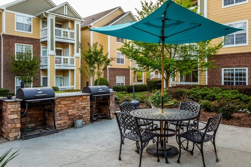 Century Trinity Estates Apartment Homes Picnic And Grilling Areas