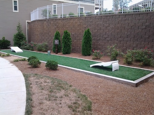 Century Highland Creek | Outdoor Game Area